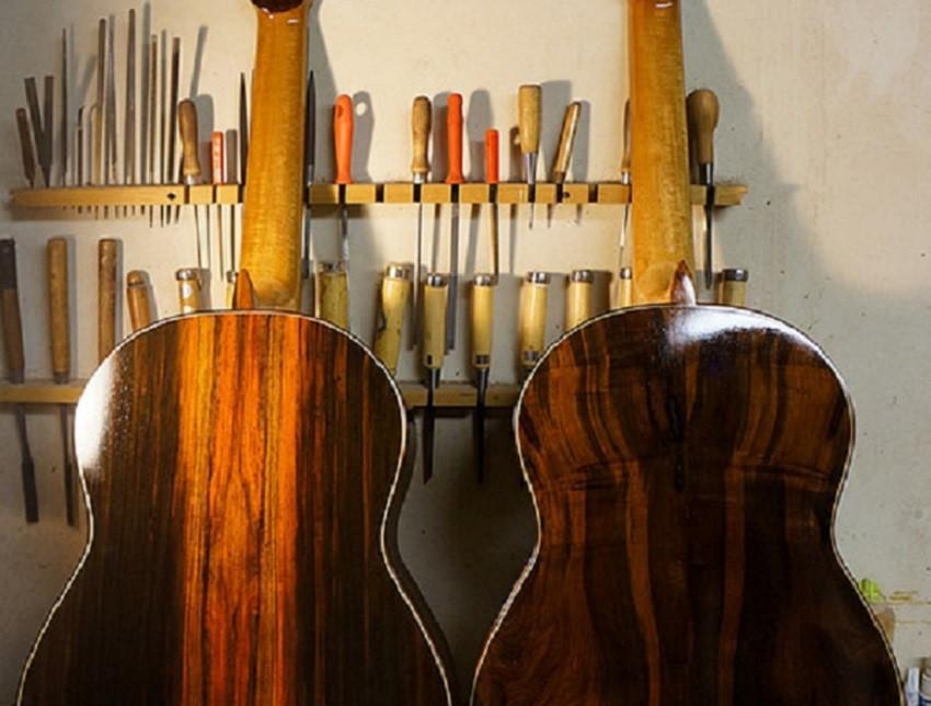 two-hippner-guitars